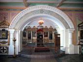 Интерьер храма преподобных Отец в Синае и Раифе избиенных, 2003 год.
