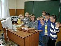 Светское образование воспитанники приюта получают так же, как и их сверстники, в государственной средней школе, которая находится в четырёх километрах от обители
